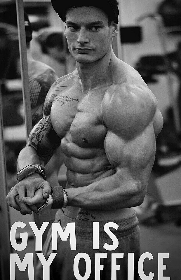 Adam Schneider Gymnast and Bodybuilder5