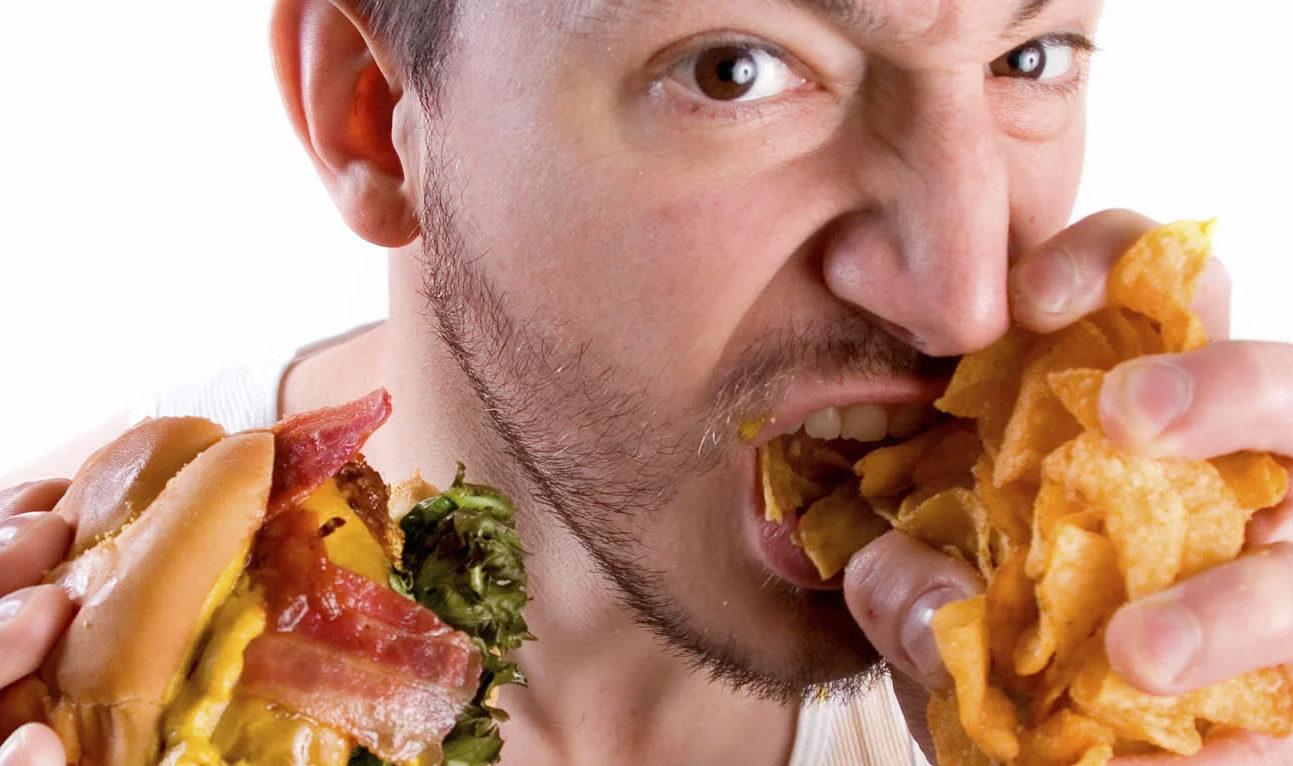 Binge Eating: Pizza, Burger, und jede Menge Sweets!